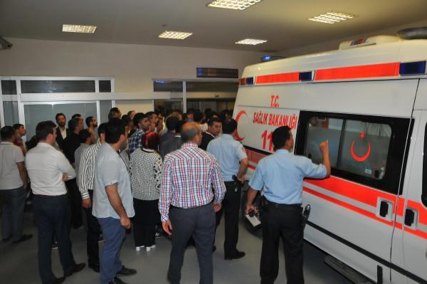 AKP adayına bıçaklı saldırı