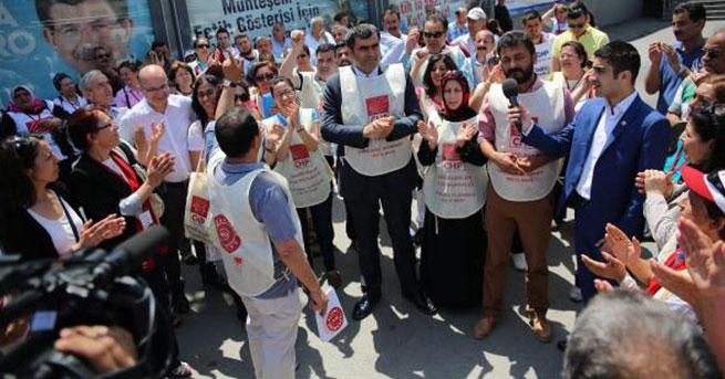 CHP'li adaylar 'canlı billboard' oldu