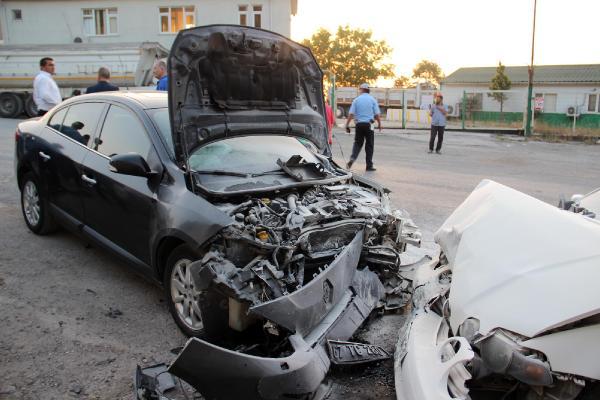 CHP'li başkanın makam aracı kaza yaptı: 5 yaralı
