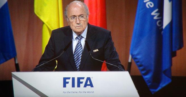 Sepp Blatter yeniden başkan seçildi