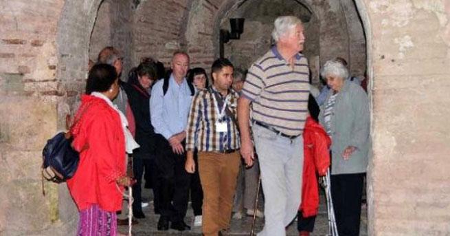 Türkiye'ye gelen yabancı ziyaretçi sayısı azaldı