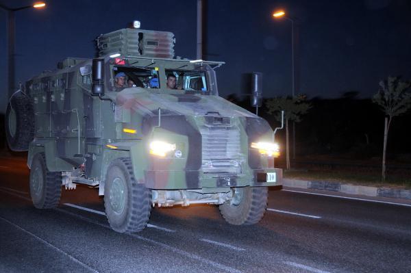 Askeri konvoy Gaziantep'e ulaştı
