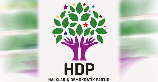 HDP yürüyüşünde Öcalan posteri açıldı