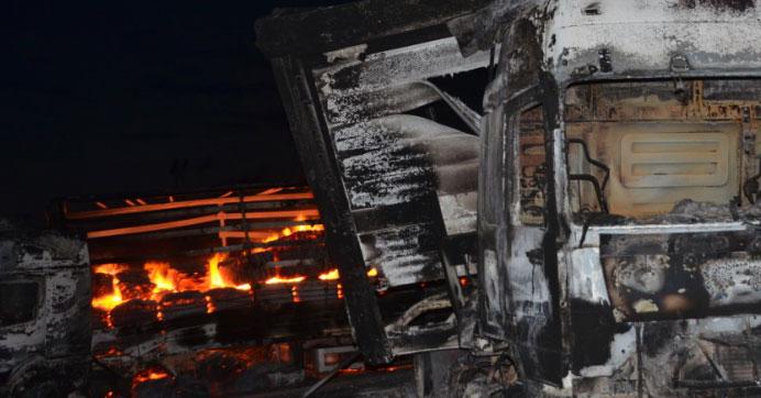 PKK, 3 araç yaktı