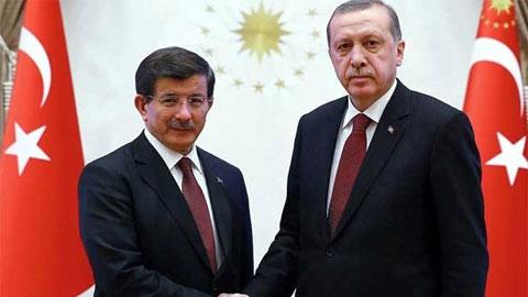 Seçim hükümeti görevi Davutoğlu'na