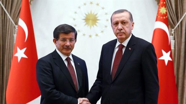 'AKP, İstanbul'da Davutoğlu'nu aday gösterebilir' iddiası