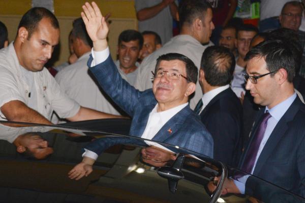 Başbakan Davutoğlu, memleketi Konya'da