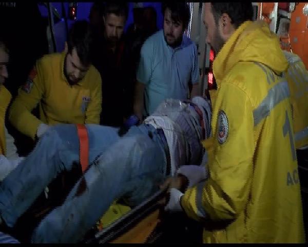 Araçta sıkıştı, acı içinde kurtarılmayı bekledi
