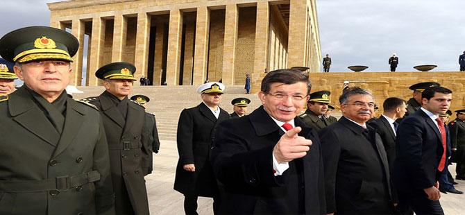Davutoğlu'ndan gazetecilere ilginç teklif!