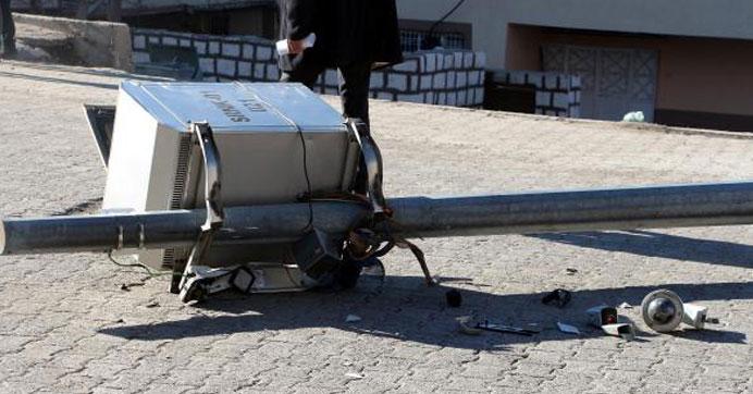 Şırnak'ta PKK'lılar mobeselere saldırdı
