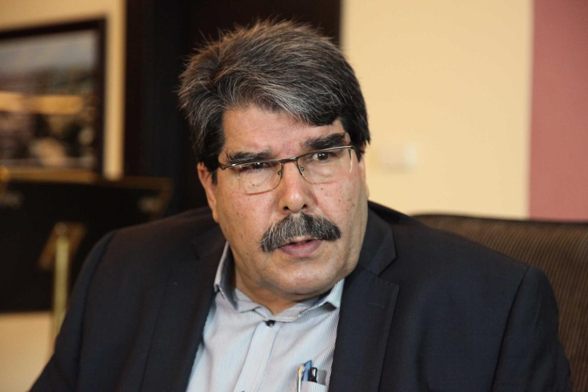 PYD lideri Müslim: Fırat'ın batısına…