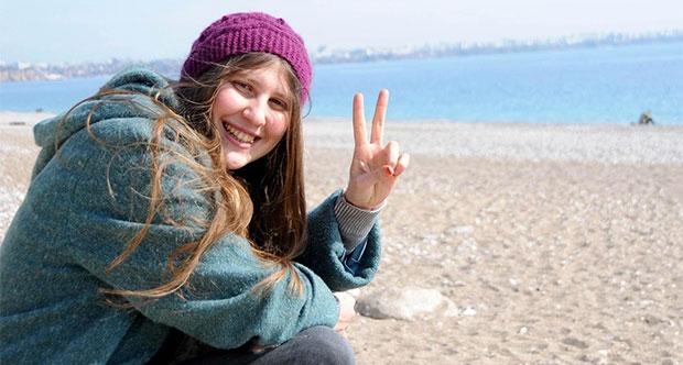 'Kırmızı fularlı kız'ın davasında avukat krizi
