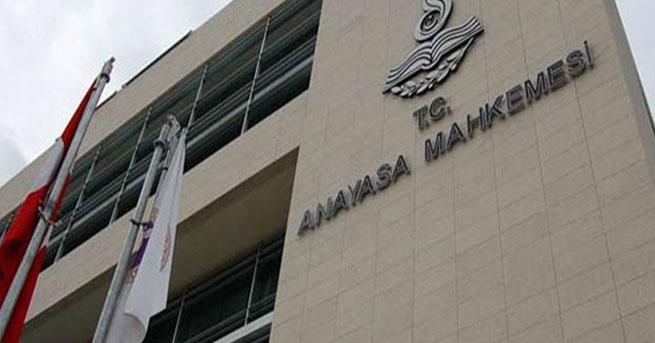 Anayasa Mahkemesi'nden 3 siyasi parti hakkında suç duyurusu