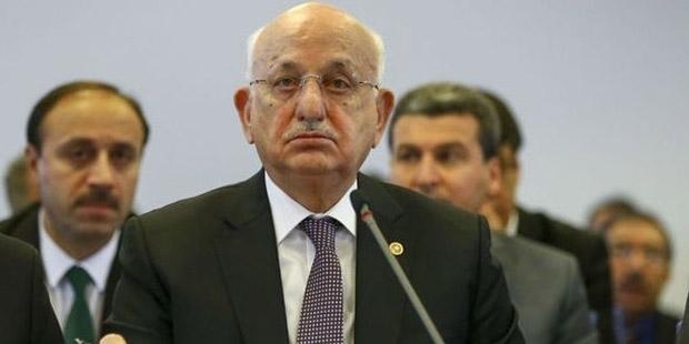İsmail Kahraman, laikliğin olmadığı dindar anayasa teklifini 2012'de Meclis'e sunmuş