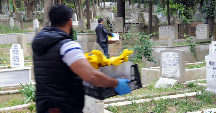 Feriköy Mezarlığı'nda ele geçirildiler