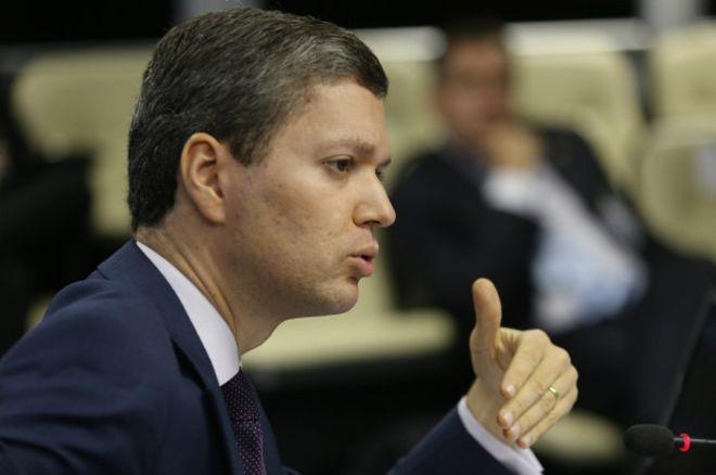 Brezilya'da tapeler yüzünden ikinci bakan istifa etti