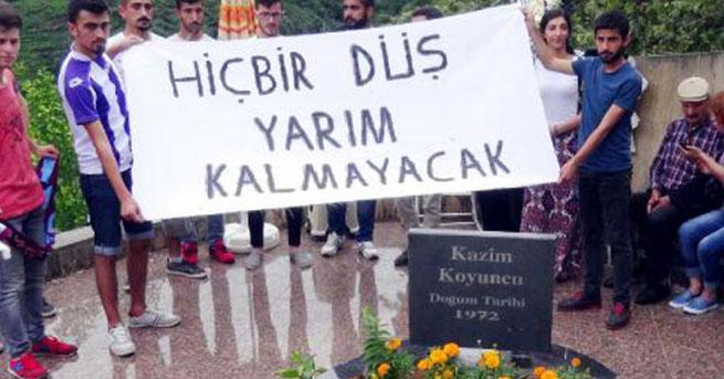 Kazım Koyuncu 11'inci ölüm yıldönümünde mezarı başında anıldı