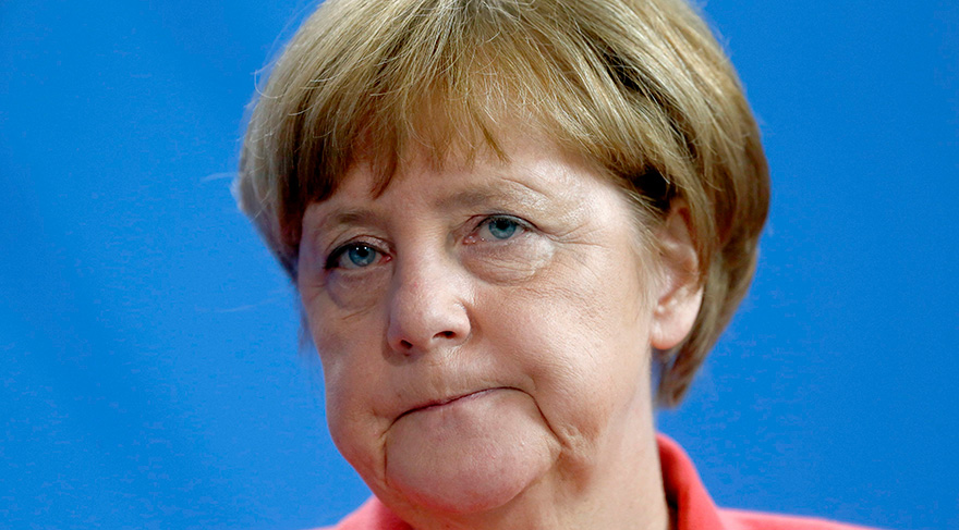Merkel'den flaş seçim açıklaması!