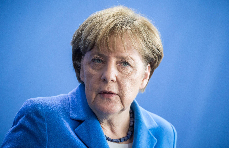 Merkel istifayı gündeme getirdi