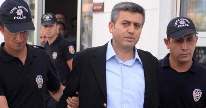 FETÖ'den aranan eski istihbarat müdürü yakalandı