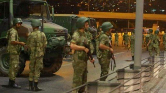 Başkent'te 51 askere gözaltı!