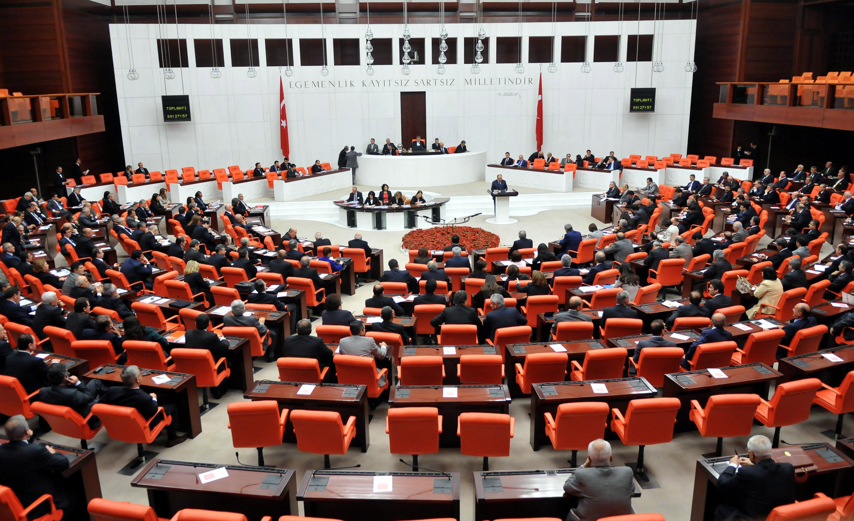 Anayasa değişikliği teklifinde 11. madde kabul edildi!