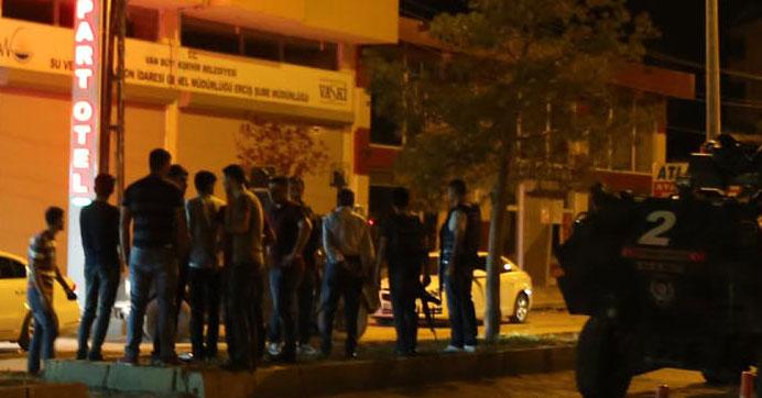 PKK roketi apartmanı vurdu