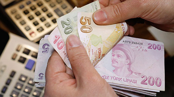 Emekli maaşlarının ödeneceği tarih açıklandı!