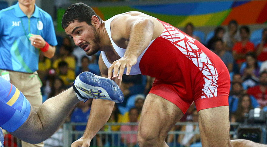 Rio'da Taha Akgül'den altın madalya geldi