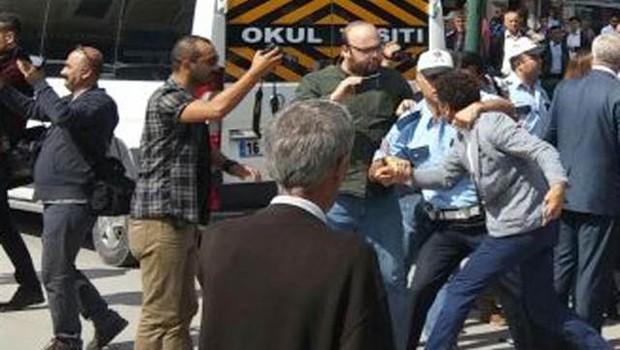 CHP'li Sarıbal: Polis beni gözaltına almak istedi