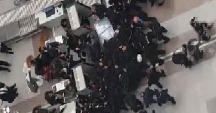 İstanbul Adalet Sarayı karıştı!.. Çevik kuvvet müdahale etti