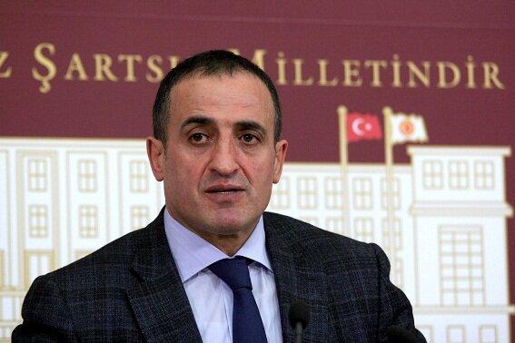 MHP'de anayasa istifası