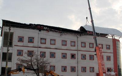 Devlet Hastanesinin çatısı bir haftada ikinci kez çöktü
