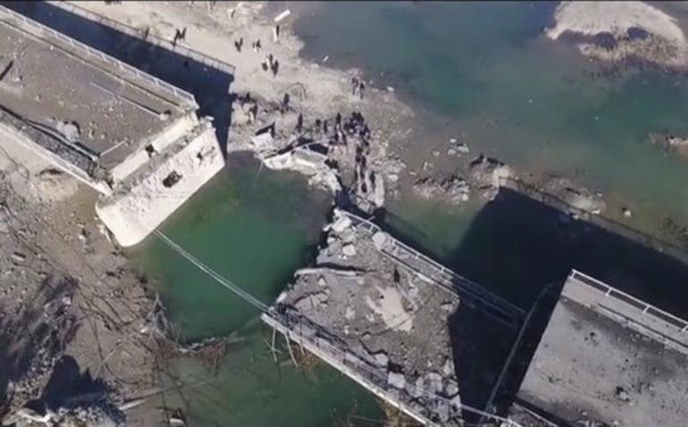 Rusya Genelkurmayı açıkladı! Köprüler yıkıldı ulaşım durdu