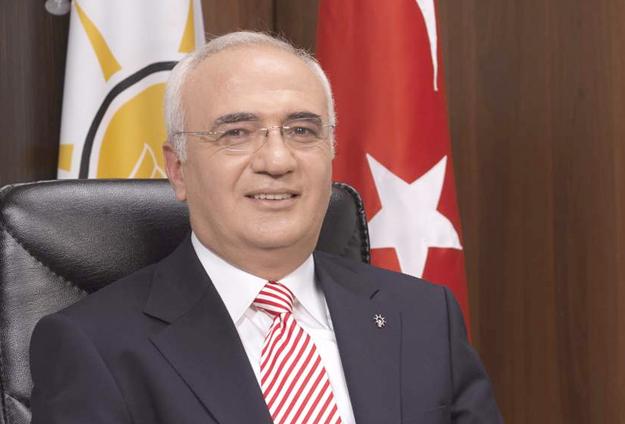 AKP'li Elitaş: 27-28 Nisan sonrasında Erdoğan'a üyelik teklifi yaparız!