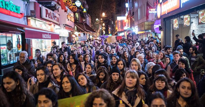 İstanbul'da referandum protestoları…