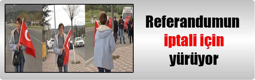 Referandumun iptali için yürüyor