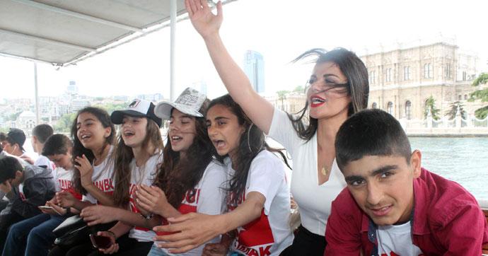 Silopili öğrencilerin hayalini Pınar öğretmen gerçekleştirdi