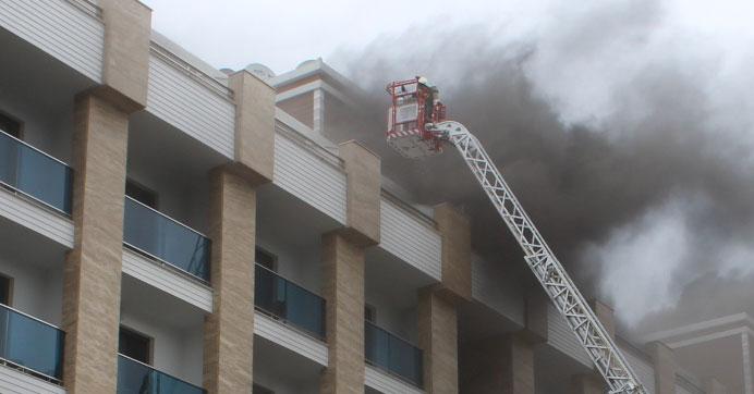 5 yıldızlı otelde korkutan yangın