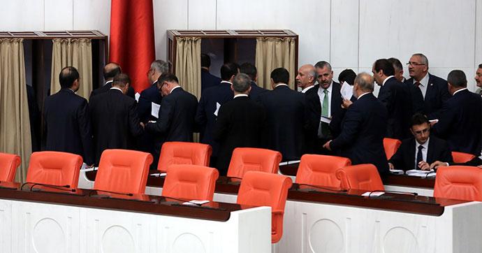 HSK Üyelerinin belirleneceği oylama başladı