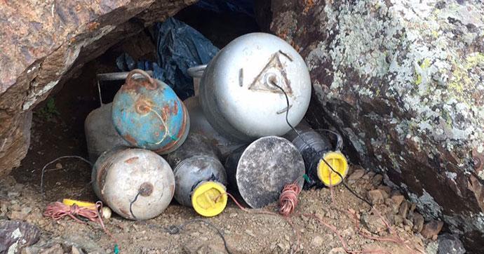 PKK'ya ait el yapımı 3 patlayıcı imha edildi