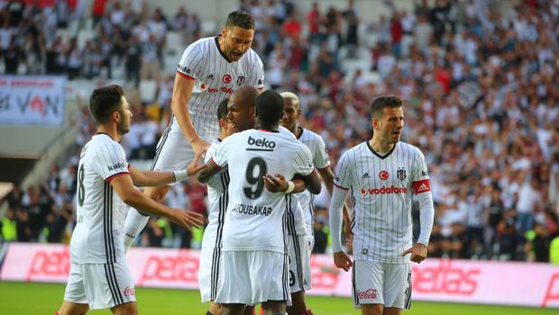 2016 – 2017 sezonunun şampiyonu Beşiktaş