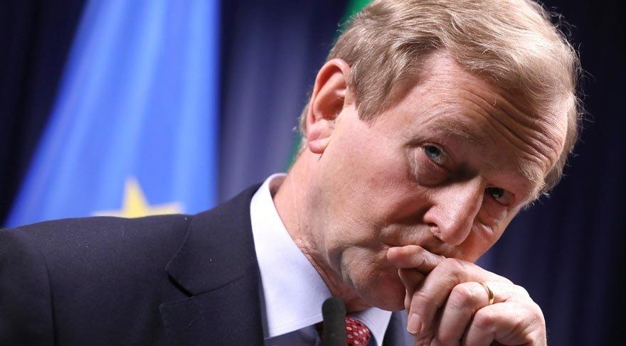 İrlanda Başbakanı Kenny istifa ediyor