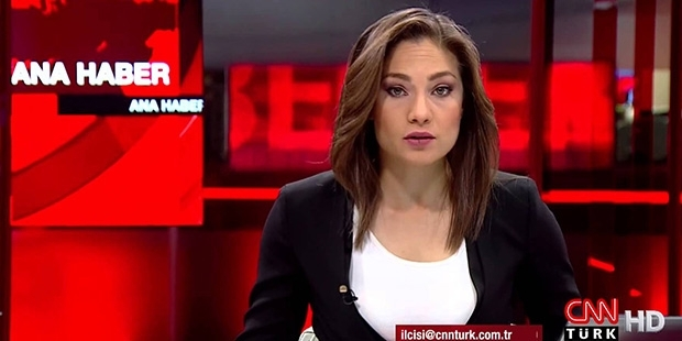 CNN Türk'ten Nevşin Mengü kararı