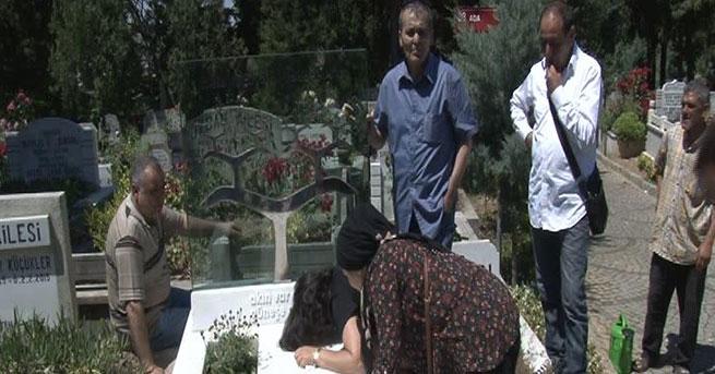 Berkin Elvan yaralandığı yerde ve mezarı başında anıldı