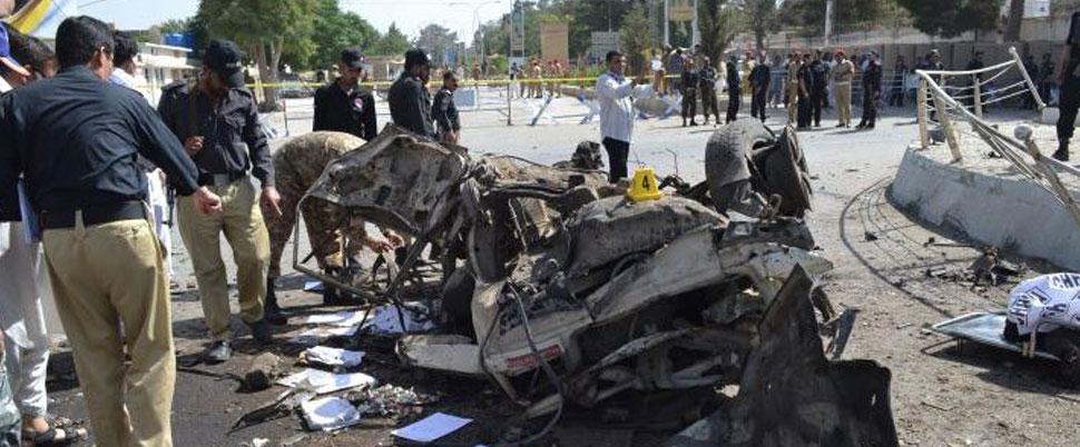 3 dakika arayla bombalı saldırı: 15 ölü