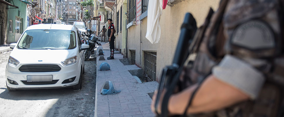 Beyoğlu'nda Narkotik operasyonu