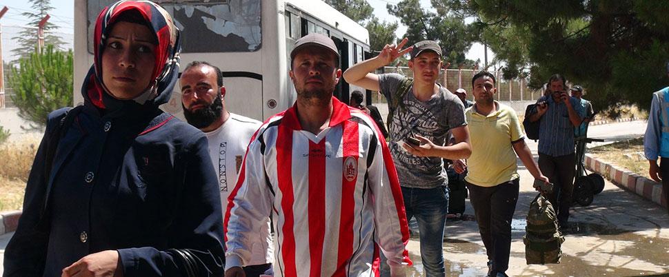 Suriyeliler bayram ziyaretinden dönmeye başladı