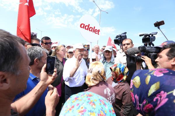 Kılıçdaroğlu kiraz ikramını geri çevirdi