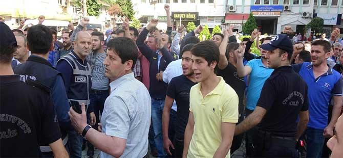 Çayeli'nde, CHP'nin 'Adalet Yürüyüşü'nde gerginlik